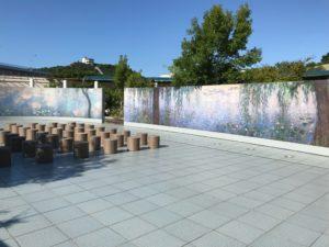 「モネの大睡蓮」展示スペース (大塚国際美術館) 風光明媚な場所で鑑賞できます。