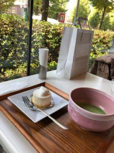 山種美術館 Cafe椿。 窓際がベスト。