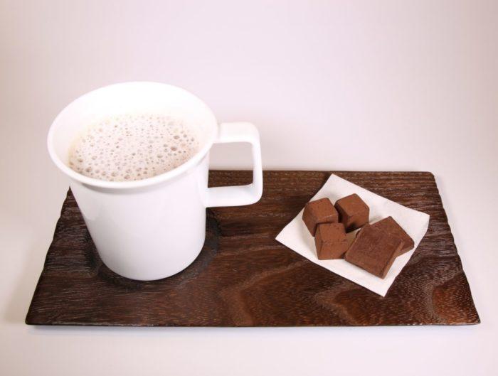 ちょこっとトレー コーヒー、チョコレートとともに。