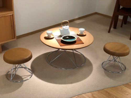 柳宗理デザイン研究所内部。