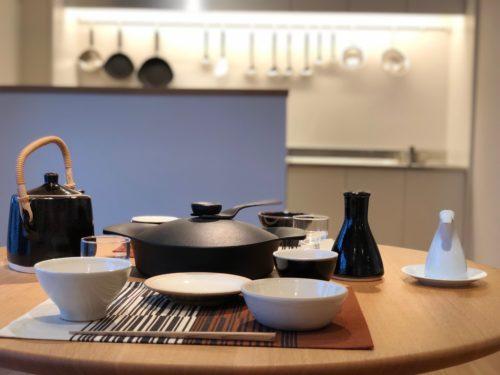 柳宗理記念デザイン研究所。 柳宗理氏は、個々の作品だけでなく、そのモノがある空間やモノを使う人の生活まですべてをデザインしていた。