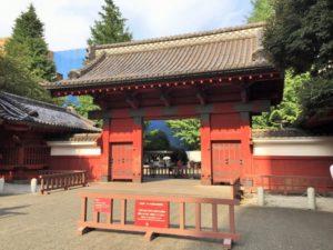 東京大学の赤門。