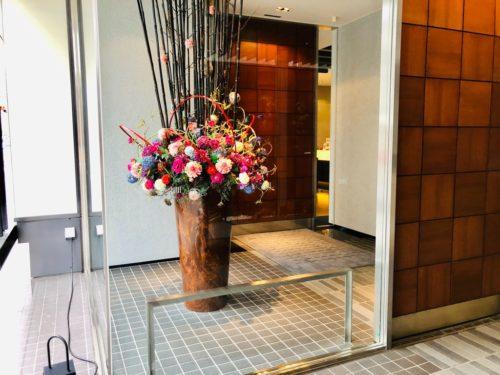 ホテルリソルトリニティ金沢 エントランスの装飾