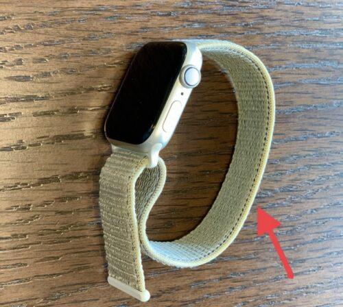 Apple Watchのバンドに黄ばみが…